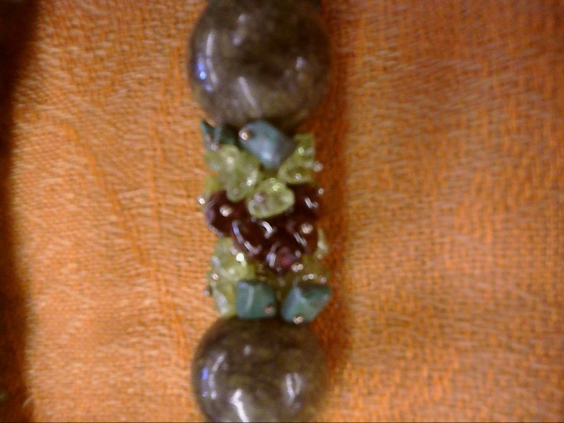 NECKLACE JEWELRY JEWELRY; GREEN BEAD NECKLACE AND EARRINGS TUMBLE POLISHED MALAC