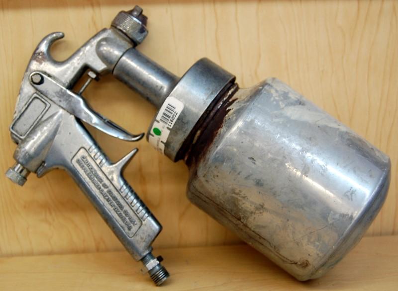 CAMPBELL HAUSFELD Spray Equipment DH4200