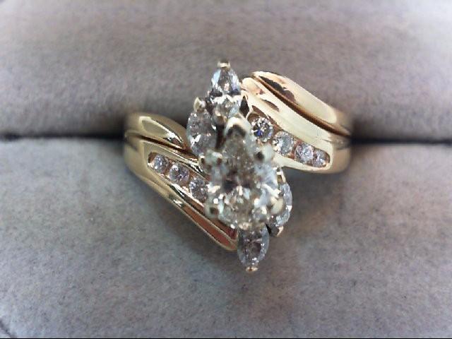 Lady's Diamond Wedding Set 13 Diamonds 1.00 Carat T.W. 14K Yellow Gold 4.86g