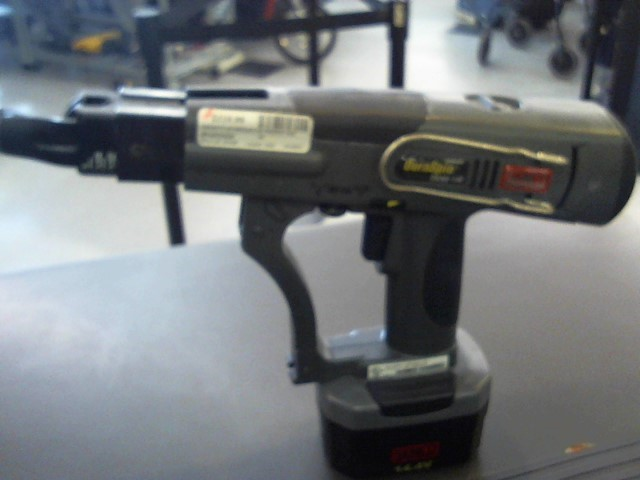 SENCO Screwgun DS202-14V