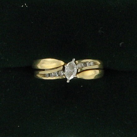 Lady's Diamond Solitaire Ring 9 Diamonds .33 Carat T.W. 14K Yellow Gold 3.6dwt
