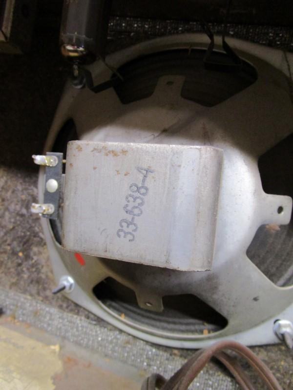 "VINTAGE SILVERTONE 1470 1X8"" TUBE COMBO AMP"