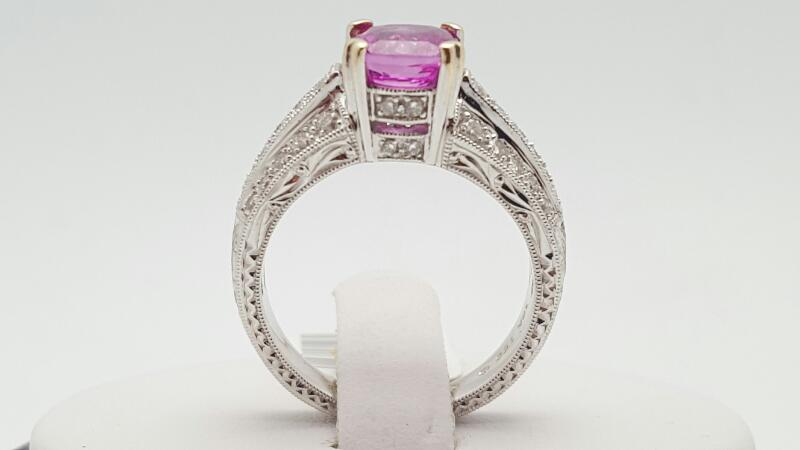 Lady's Pink Sapphire & Diamonds Ring 40 Diamonds .43 Carat T.W. 18K White G