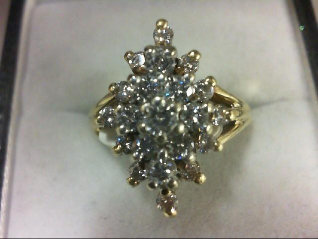 Lady's Diamond Cluster Ring 21 Diamonds 1.02 Carat T.W. 18K Yellow Gold 6.4g