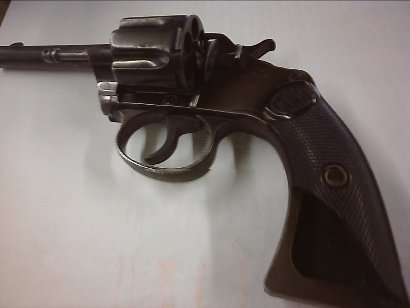 COLT Revolver NEW POLICE