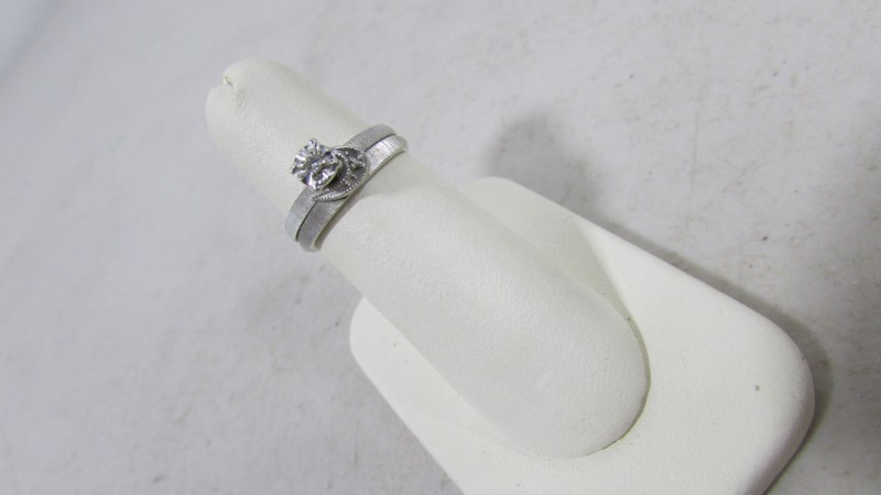 Lady's Silver-Diamond Ring .30 CT. 925 Silver 3.77g