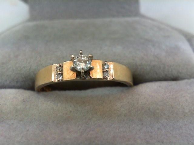 Lady's Diamond Engagement Ring 5 Diamonds 0.14 Carat T.W. 14K Yellow Gold 2.3g