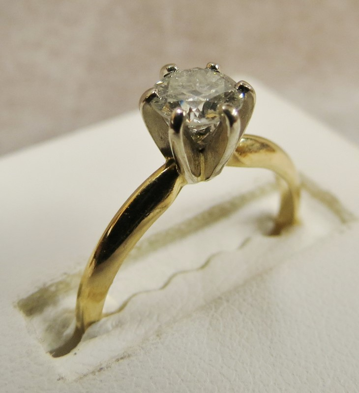 Lady's Diamond Solitaire Ring .62 CT. 14K Yellow Gold 1.35dwt