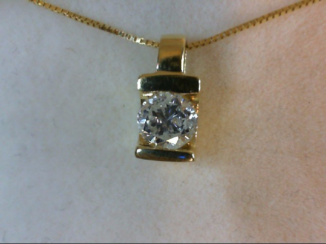 Gold-Diamond Solitaire Pendant 0.63 CT. 14K Yellow Gold 2.9g