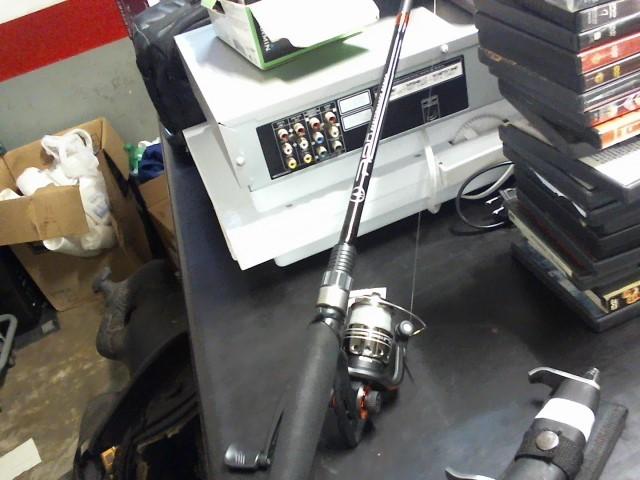 ABU GARCIA Fishing Pole SILVER MAX COMBO