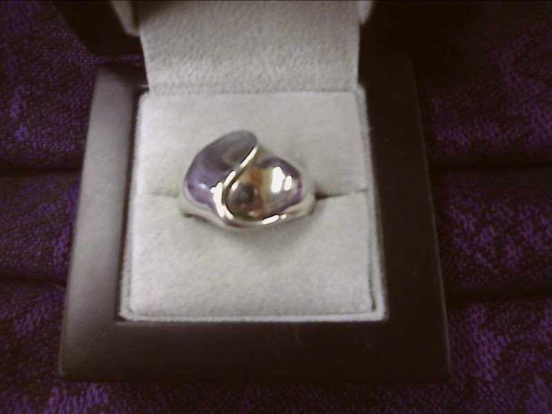 STERLING SILVER RING WITH SWIRL DESIGN OVER TOP SIZE: 9