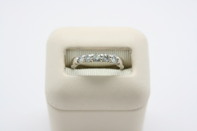 DIAMOND CHANNEL BAND 14K YELLOW GOLD