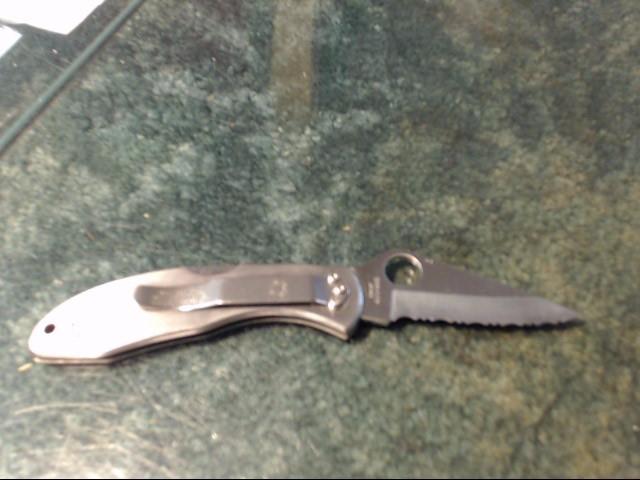 SPYDERCO Pocket Knife SEKI