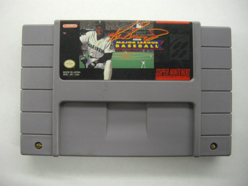 NINTENDO SNES Gam KEN GRIFFEY JR PRESENTS MAJOR LEAGUE BASEBALL *CARTRIDGE ONLY*