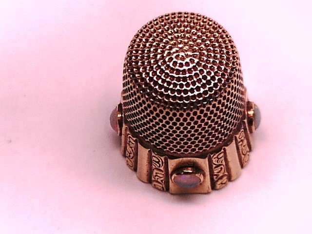 THIMBLE 14KYG 5.8G WITH NATURAL OPALS