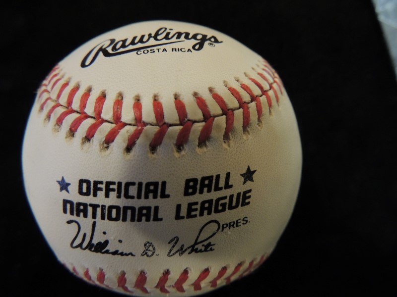 Reggie Jackson Signed/Autographed Rawlings MLB Official National League Baseball