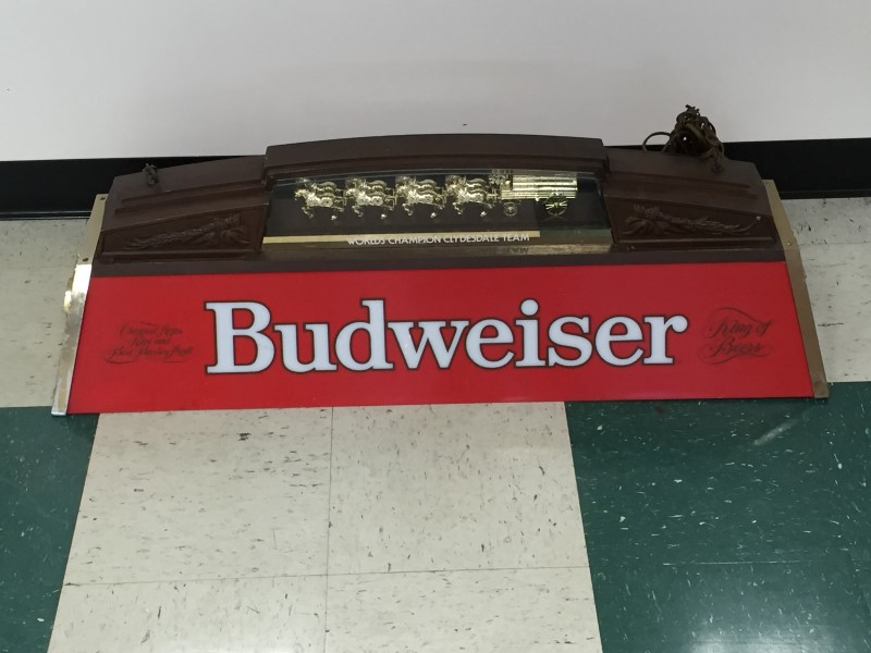 BUDWEISER ICONIC POOL TABLE LIGHT