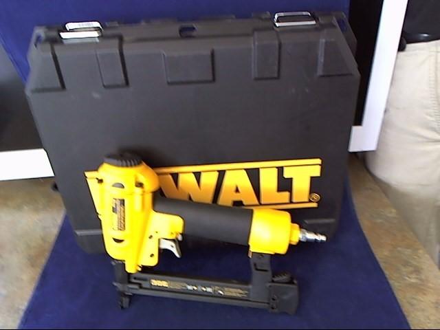 DEWALT Nailer/Stapler D51420