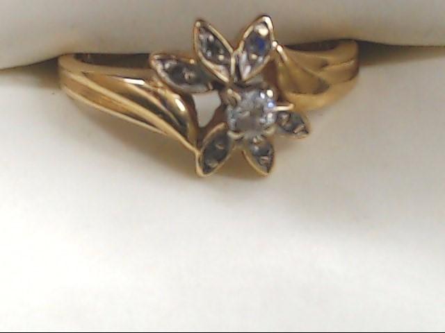 Lady's Diamond Fashion Ring .10 CT. 14K Yellow Gold 3.3g Size:7.5