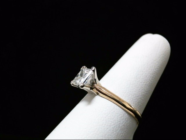 Lady's Diamond Solitaire Ring 1.01 CT. 14K Yellow Gold 2.5g Size:6.5