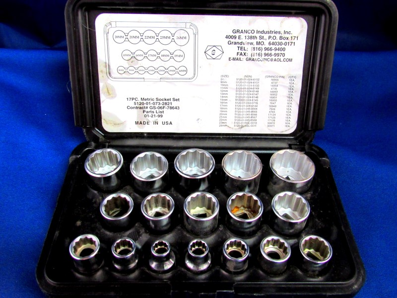 GRANCO 17-PC METRIC SOCKET SET