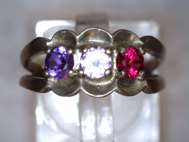 Red Stone Lady's Silver & Stone Ring 925 Silver 2.05dwt Size:8.5