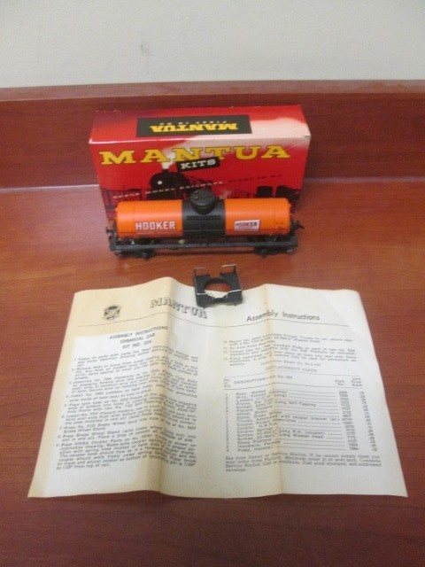 VINTAGE MANTUA KITS CAR'S EXTRA FINE CONDITION IN ORIGINAL BOXES.  INCLUDED ARE