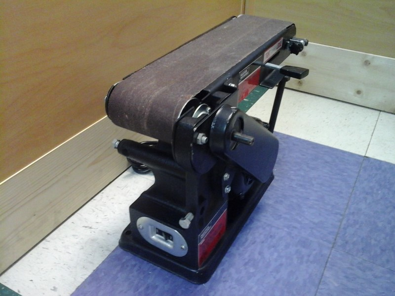 MASTER MECHANIC BELT SANDER MM8180