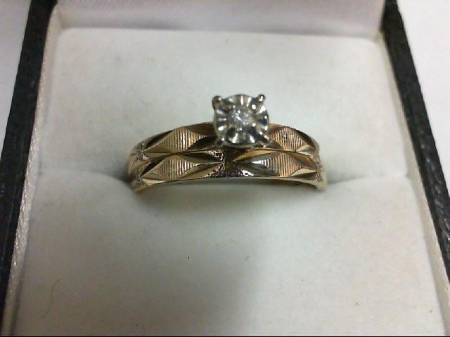 Lady's Diamond Wedding Set .05 CT. 10K Yellow Gold 2.6g