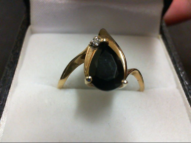 Synthetic Black Stone Lady's Stone & Diamond Ring 0.01 CT. 10K Yellow Gold 2.3g