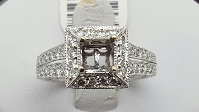 Lady's Diamond Engagement Ring 74 Diamonds 0.9 Carat T.W. 14K White Gold 5.2g Si