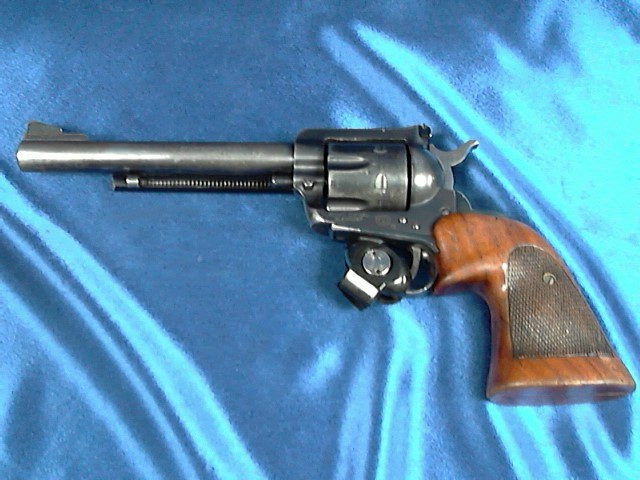 RUGER Revolver BLACKHAWK
