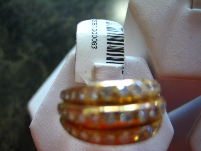 Lady's Gold-Diamond Anniversary Ring 0.01 CT. 14K Yellow Gold 7.4g