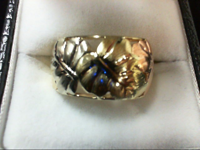 Lady's Gold Ring 10K 2 Tone Gold 3.1g