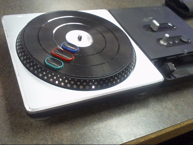 NINTENDO Video Game Accessory DJ HERO TURNTABLE
