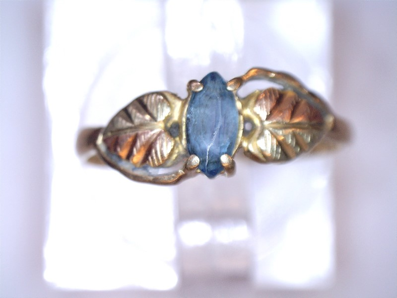 Coleman Black Hills Gold Aquamarine Lady's Stone Ring 10K Yellow Gold 0.75dwt