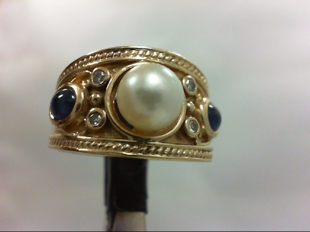 Pearl Lady's Stone & Diamond Ring 4 Diamonds 0.04 Carat T.W. 14K Yellow Gold 8.1