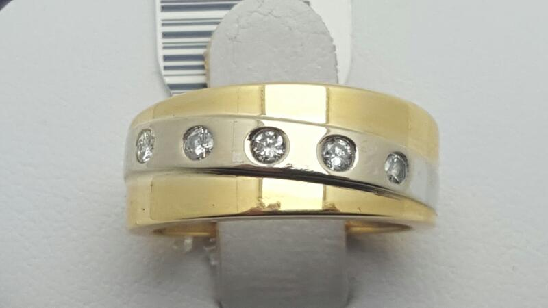 Lady's Diamond Fashion Ring 5 Diamonds .15 Carat T.W. 18K 2 Tone Gold 6.3g