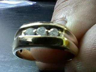 Gent's Gold-Diamond Wedding Band 3 Diamonds 0.24 Carat T.W. 10K Yellow Gold 4.7g