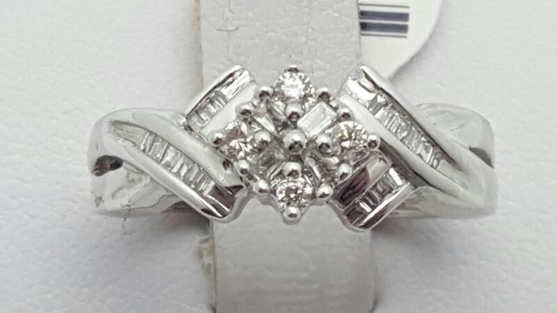 Lady's Diamond Fashion Ring 27 Diamonds .31 Carat T.W. 14K White Gold 3.4g