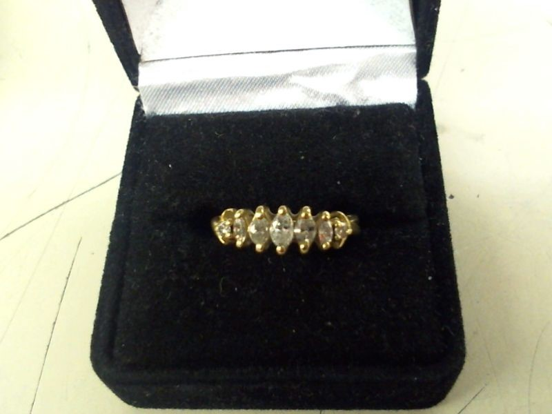 Lady's Diamond Cluster Ring 6 Diamonds .23 Carat T.W. 10K Yellow Gold 2.4g