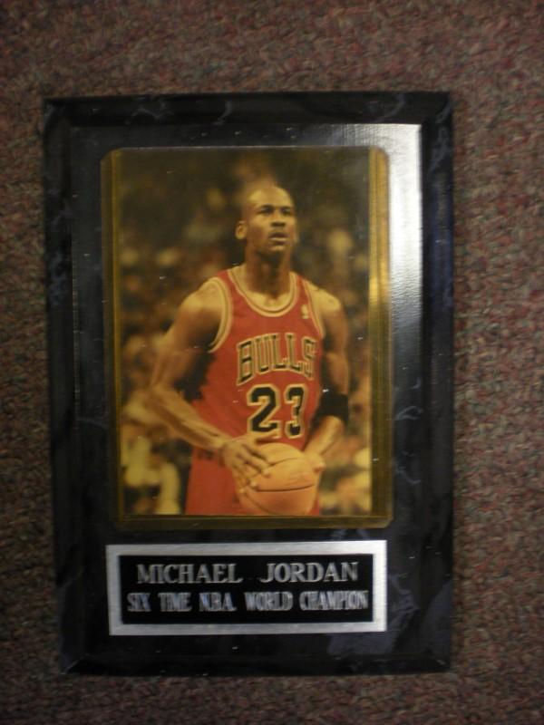 MICHAEL JORDAN Sports Memorabilia BASKETBALL CARD