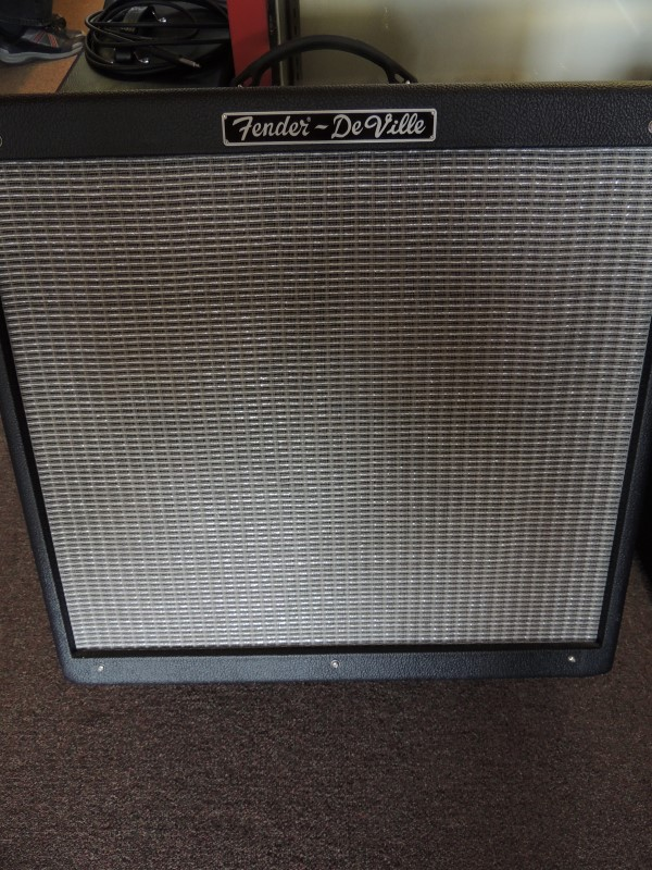 FENDER Electric Guitar Amp HOT ROD DEVILLE