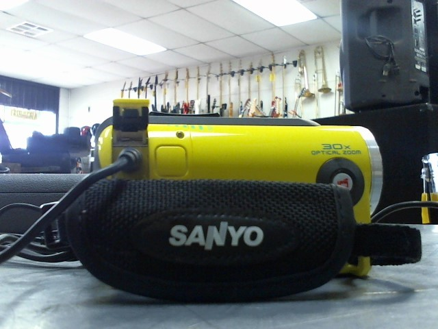 SANYO Camcorder VPC-WH1
