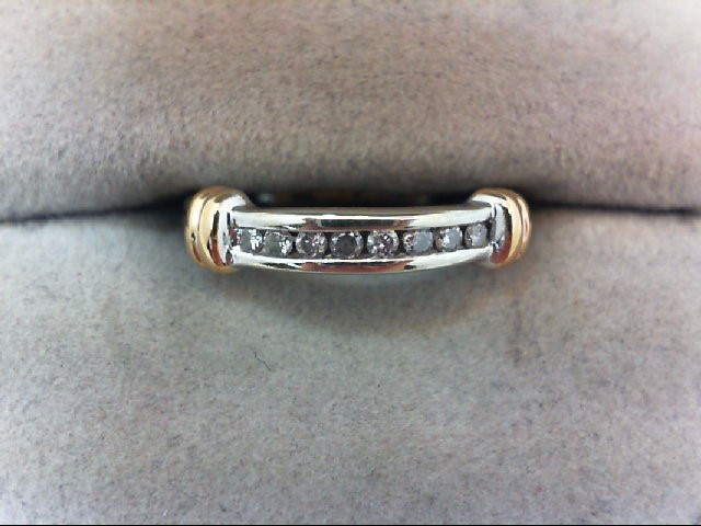 Lady's Diamond Wedding Band 8 Diamonds .16 Carat T.W. 10K 2 Tone Gold 2.1g
