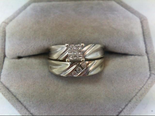 Lady's Diamond Wedding Set 12 Diamonds 0.33 Carat T.W. 10K White Gold 4.5g