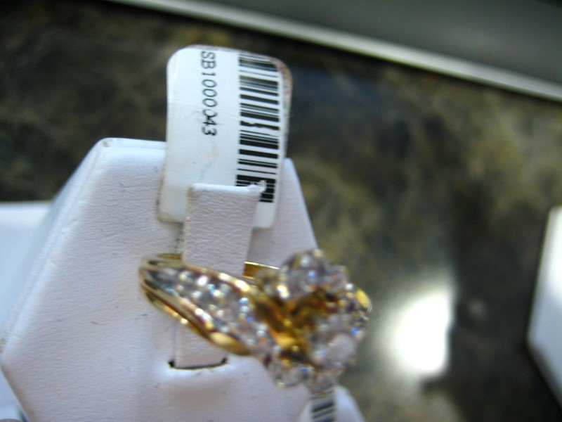 Lady's Diamond Engagement Ring 0.01 CT. 14K Yellow Gold 5.9g