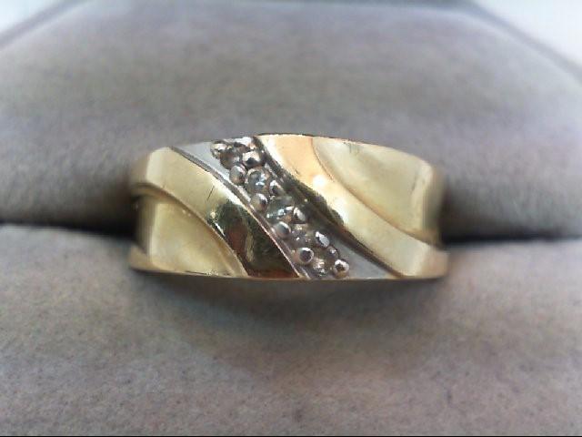 Gent's Gold-Diamond Wedding Band 5 Diamonds .05 Carat T.W. 14K Yellow Gold 4g