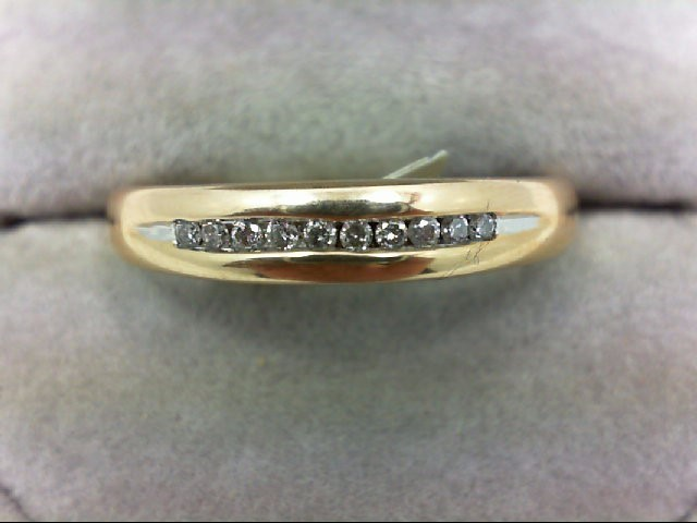 Gent's Gold-Diamond Wedding Band 10 Diamonds 0.2 Carat T.W. 10K Yellow Gold 4.1g