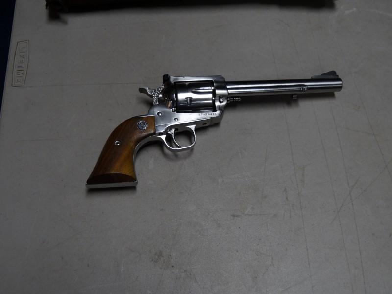 RUGER Revolver BLACKHAWK NEW MODEL